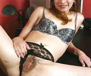 Super Hairy Twats :: Hairy women :: Beautiful ladies just like mother nature intended!