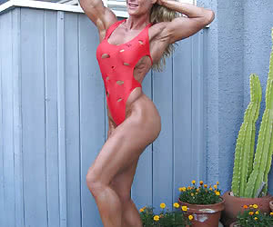 Nude muscle babes and amazon women.