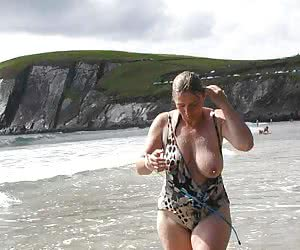 Nudists And Naturists