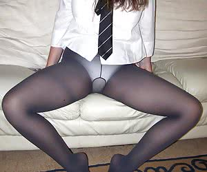 Fantastic ladies in sexy pantyhose pics