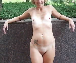 Category: mature amateur porn