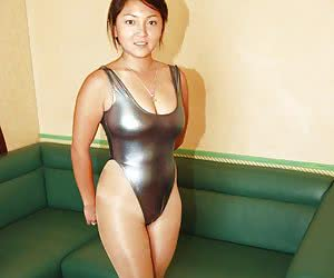 Category: asians wearing swimsuits