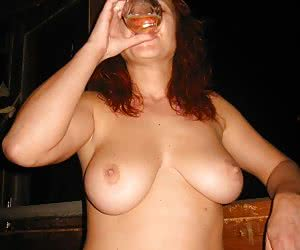 Related gallery: titties-and-beer (click to enlarge)